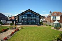 4 bed Detached property for sale in Aldwick, West Sussex