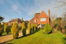 4 bedroom Detached property to rent in Craigweil, Bognor Regis...