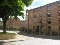 1 bed Flat in 11G Centenary Court...