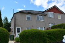 Flat in 76 Croftmont Avenue...
