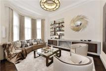 2 bed Flat for sale in Green Street, London...