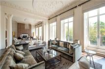 4 bed Flat in Lancaster Gate, London...