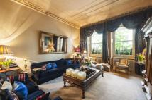 6 bed Flat in Westbourne Terrace...