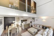 2 bed Flat in Marconi House, Strand...