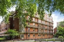 4 bed Flat for sale in South Street, London...