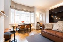 1 bedroom Flat to rent in North Audley Street...
