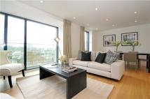 2 bedroom Flat to rent in Hyde Park Square...