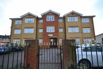1 bedroom Flat in Springhouse Road...