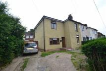 5 bedroom semi detached property in Victoria Road...