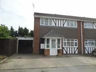 3 bedroom semi detached property to rent in Pinewood Close, Linford...