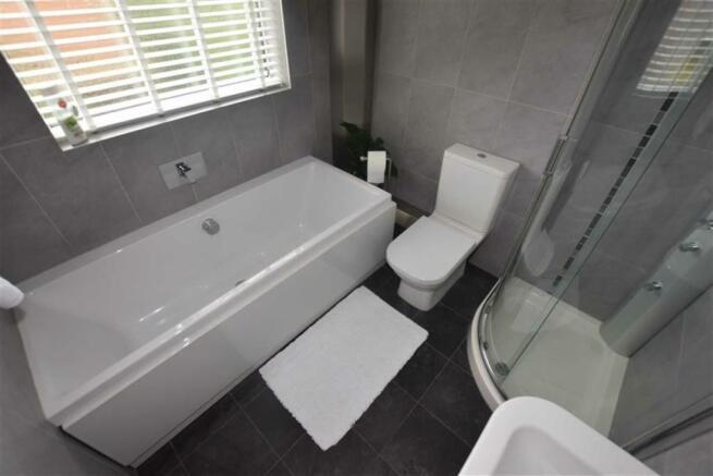 Four Piece Bathroom Suite