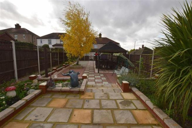 Large rear garden approx 90'