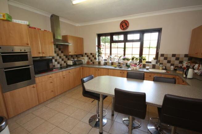 Cedar Wood Kitchen
