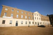 2 bedroom Flat in Queen Mother Square...