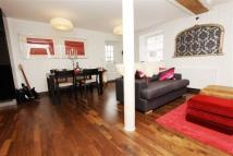 2 bedroom Apartment for sale in Kings Mill Way, Uxbridge