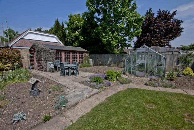 Summer house/greenhouse