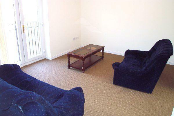<p>Living room</p>