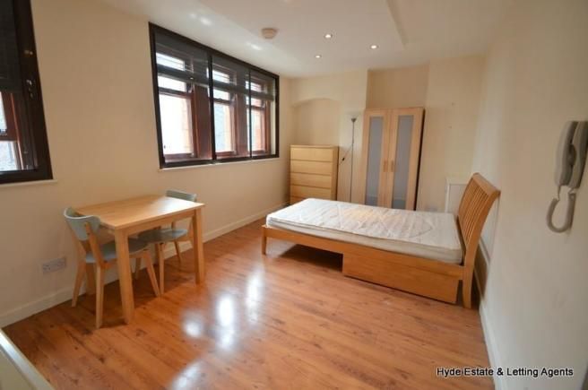 Studio Apartment To Rent In Hanover Street Manchester