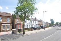 Apartment for sale in Northfield Avenue, London