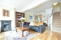 2 bedroom Terraced property for sale in Braemar Road, London