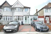 5 bed semi detached home in The Rise, London