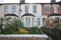 2 bed property in Westfield Road, Ealing...