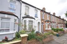 1 bedroom Apartment to rent in Chesham Terrace, Ealing