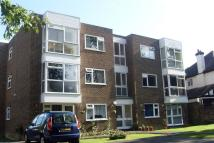Flat to rent in Mays Hill Road, Bromley...