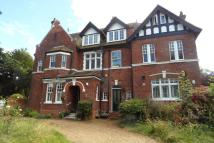Flat in Orchard Road, Bromley...