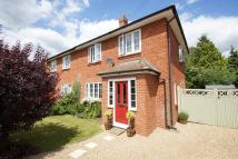 3 bed semi detached property in WINTON ROAD, Orpington...