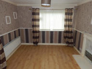 Flat in Sykes Close, Batley...