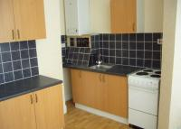 4 bed End of Terrace home to rent in Seaforth Mount, Leeds...