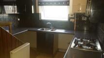 Flat to rent in Dewsbury Road, Beeston...