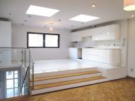 Detached home to rent in Mill Lane, LONDON