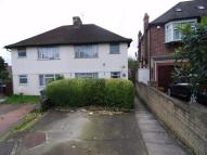2 bed Flat in Lovat Close, Neasden...