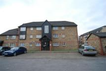 1 bedroom Flat in Kingfisher Way, Neasden