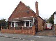 Bungalow to rent in Park Road, Mickleover