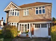 4 bed Detached property to rent in The Grove, West Wickham