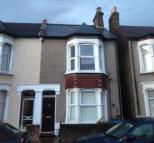 1 bedroom Flat in Bury St, Edmonton Geen