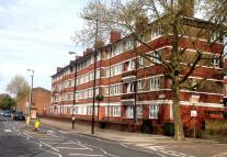 Apartment to rent in Dhonau House, Dunton Road