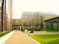 2 bed Apartment in Westferry Circus