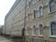 Flat in Bath Terrace