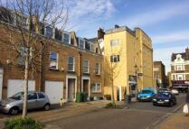 Studio apartment to rent in Walworth Road
