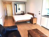 1 bed Flat to rent in Strata, Walworth Road