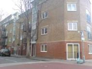 1 bed Flat to rent in Alscot Road