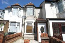 2 bed Terraced property in Milton Road, Swanscombe...