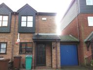 2 bedroom property in Meadow Close...