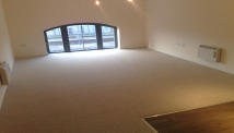 2 bed Flat to rent in Wellington Street ...