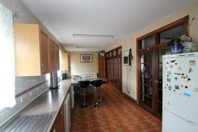 Kitchen.3.jpg