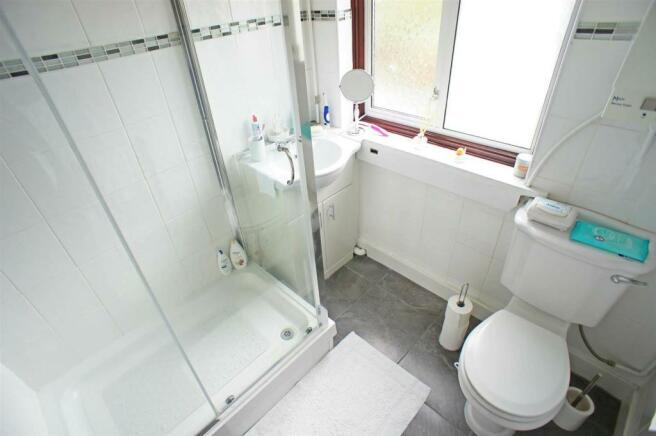 marmionavebathroom.jpg